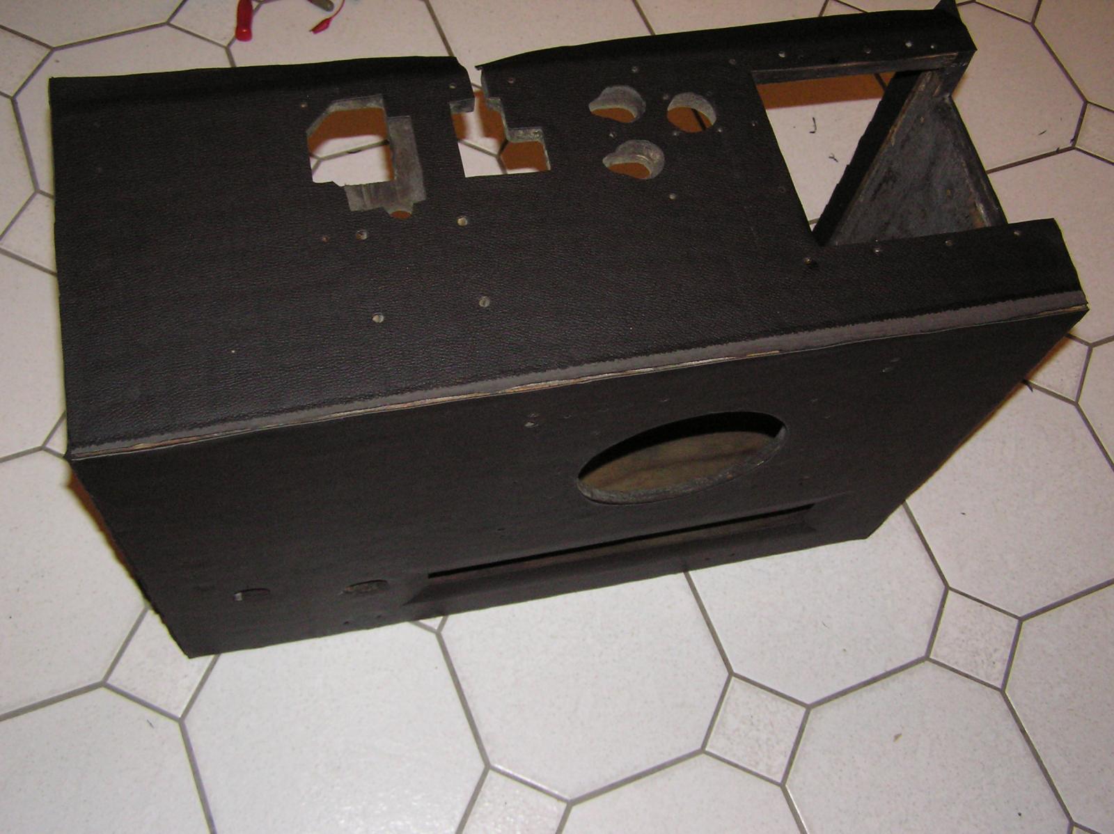 c9) Koffer