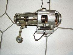 a9) Motor