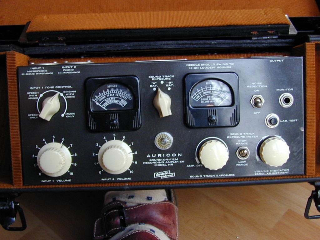 Bach Auricon sound Camera