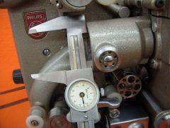 Philips EL5001 Messung des Einspanndurchmessers für die Projektionsoptik