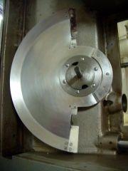 DP70 Projektorkopf Blendenwelle mit Umlaufblende und Klemmring verschraubt Bild 1.JPG