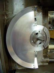 DP70 Projektorkopf Blendenwelle mit Umlaufblende und Klemmring verschraubt Bild 2.JPG