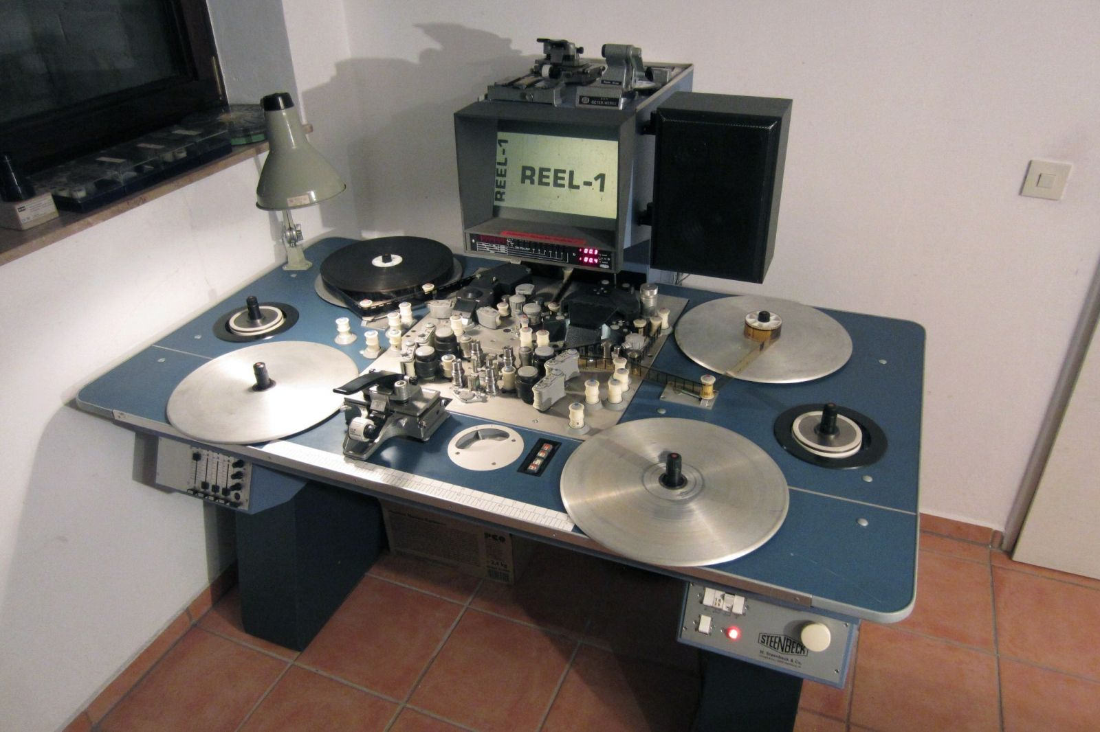 Steenbeck ST6001 16/35mm 6-Teller Schneidetisch