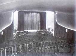 gloria-1957-2.jpg