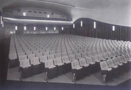 gloria-palast-1965-2.jpg