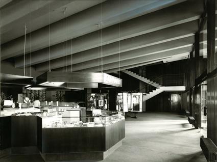 Foyer Kinos-R.F.,, small.jpg